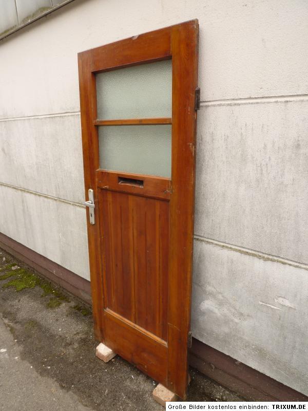 alte t r zimmert r haust r holzt r mit glas old door. Black Bedroom Furniture Sets. Home Design Ideas