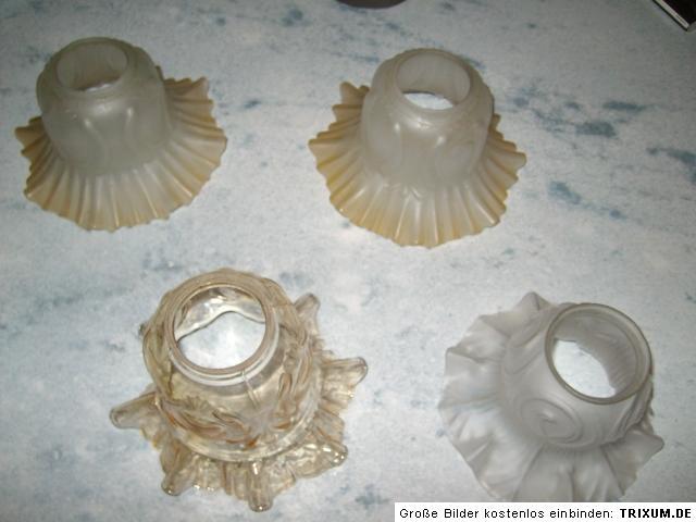 4 sch ne sehr alte lampenschirme glas im jugendstil einwandfreier zustand ebay. Black Bedroom Furniture Sets. Home Design Ideas