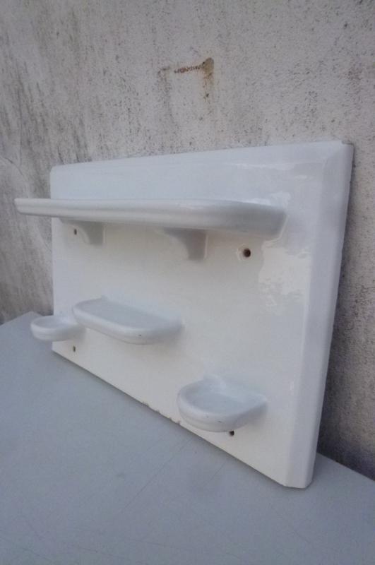 Badkonsole konsole bad waschbecken ablage wandablage for Waschbecken konsole