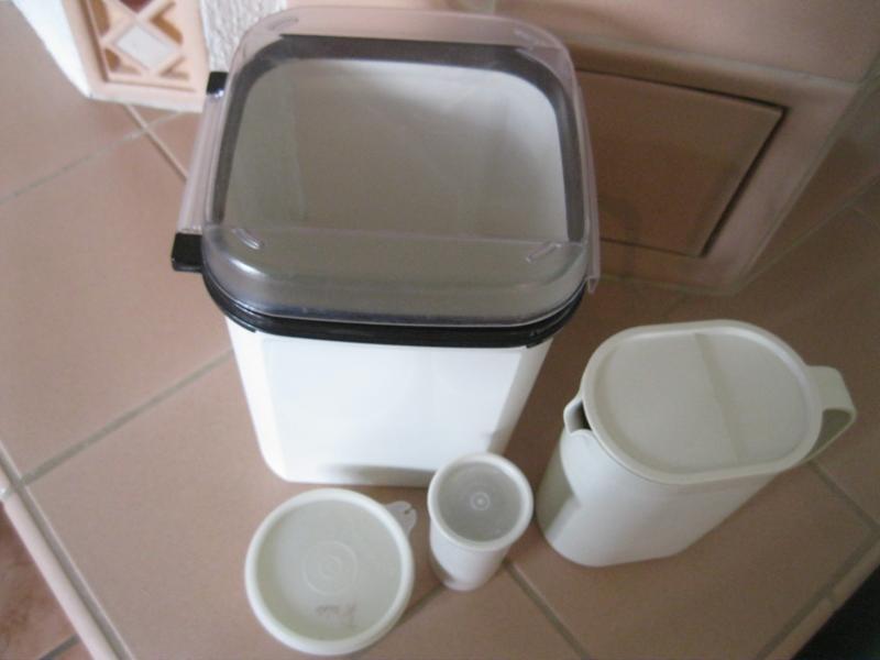 4x tupperware bellevue 5 5 liter saftkanne frische quell. Black Bedroom Furniture Sets. Home Design Ideas