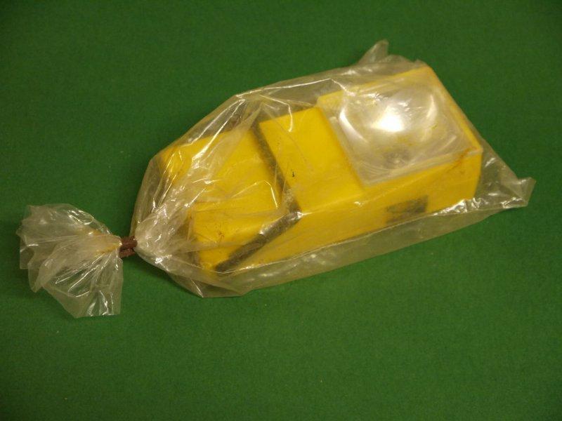 DDR Taschenlampe Artas Narva Halogen Flachleuchte gelb 4V 0,5A OVP
