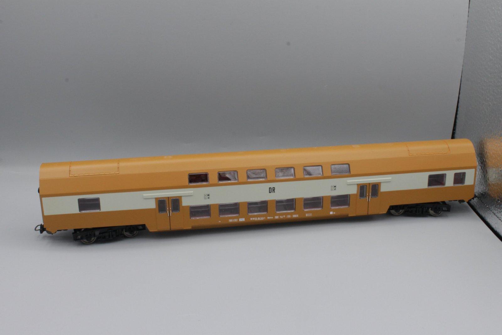 Piko H0 2. Kl. Doppelstockwagen DR sandgelb DBmtrue DR Neuware wie 57622 (2)