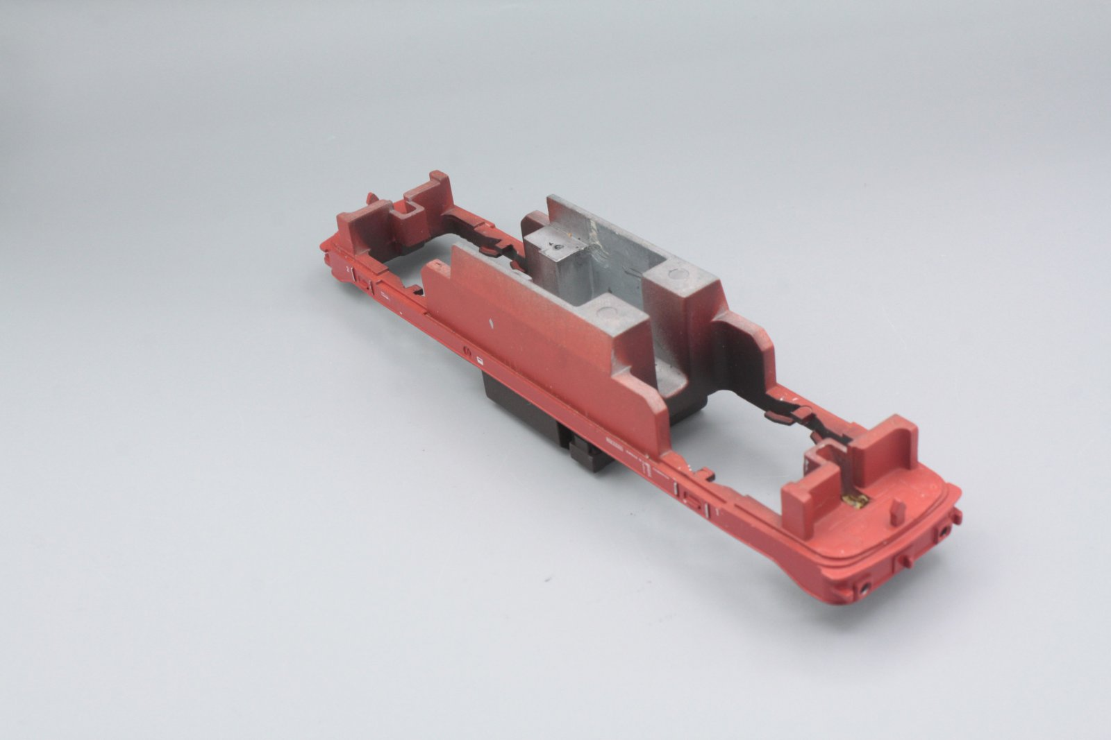 Ersatzteil Piko 218 Rahmen 218 - rot für orientrote Lok (von 218 799)
