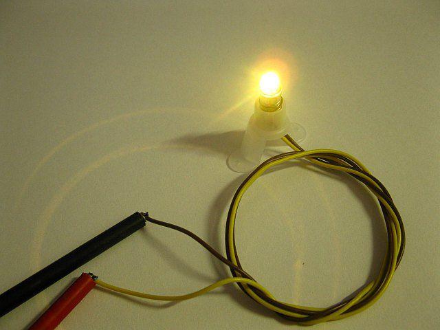 Modelleisenbahn Spur H0 5 Stück LED Leuchtmittel 600100 E5.5 Fassung warmweiß 12V bis 22V