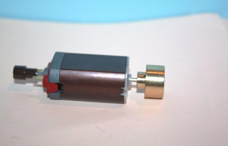 Ersatzteil Roco H0 Motor 5-polig - diverse Baureihen mit einer Schwungmasse