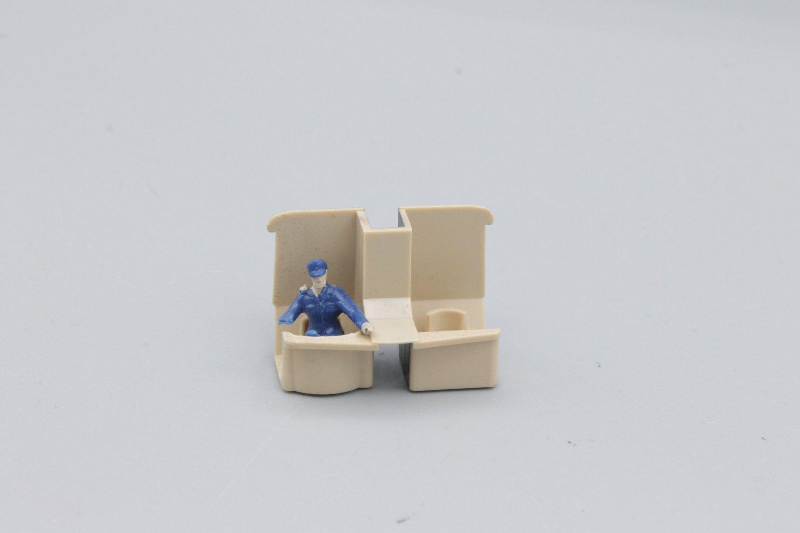Ersatzteil Roco 140 Führerstandseinrichtung - 2 Stück mit Lokführer