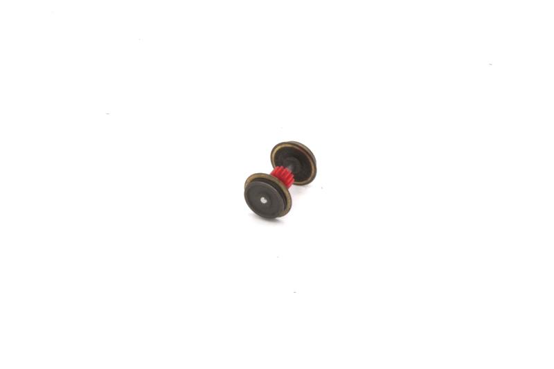 Ersatzteil Roco 215 / 218  Radsatz m. rotem mittigem Zahnrad mit 1 Haftreifen