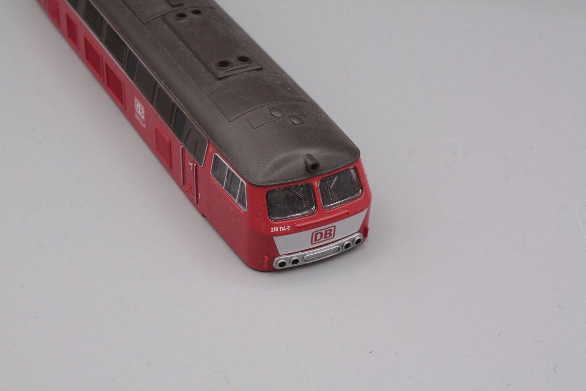 Ersatzteil Piko 218 114-7 Gehäuse orientrot DB mit Latz