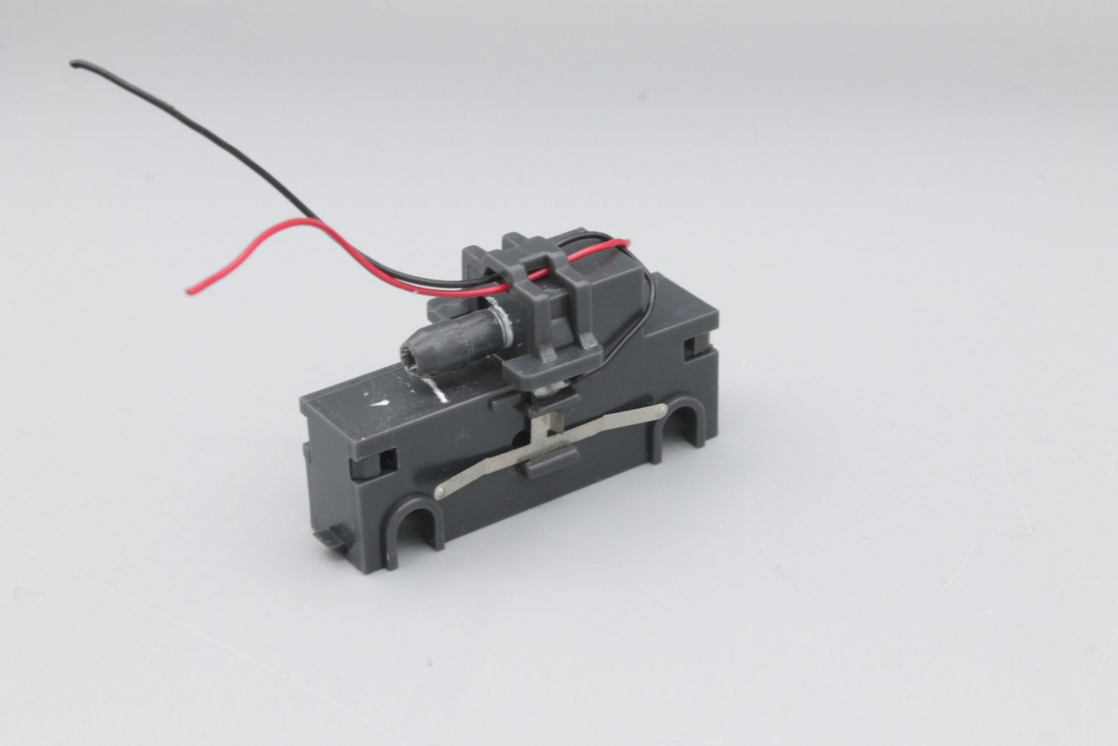 Ersatzteil Piko 182 Taurus Getriebe mit Stromabnehmern und Klammer