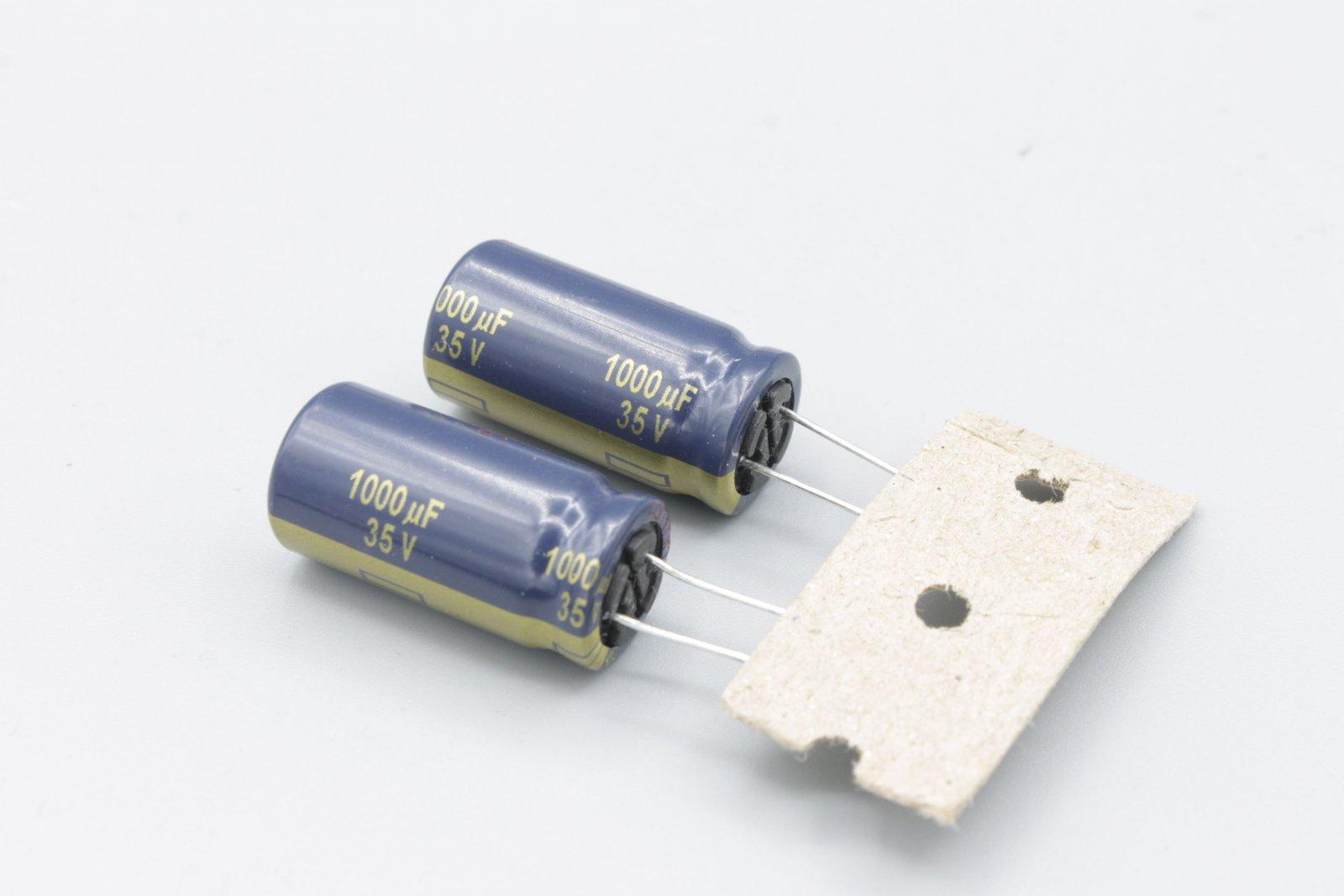 Elko 1000µ 35V radial RM 5