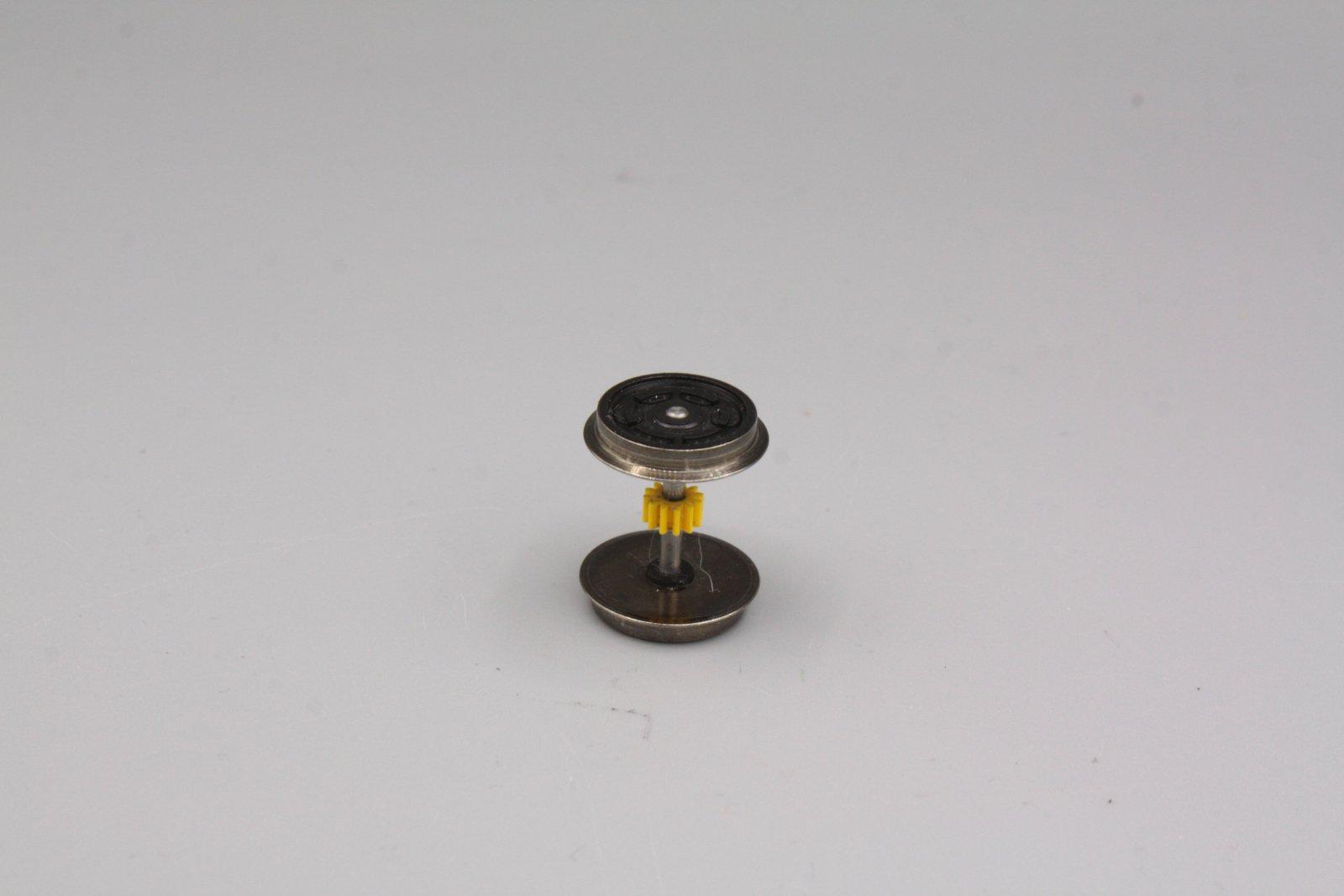 Ersatzteil Roco 140 / 110 u.a Radsatz schwarz m. gelben Zahnrad ohne Haftreifen