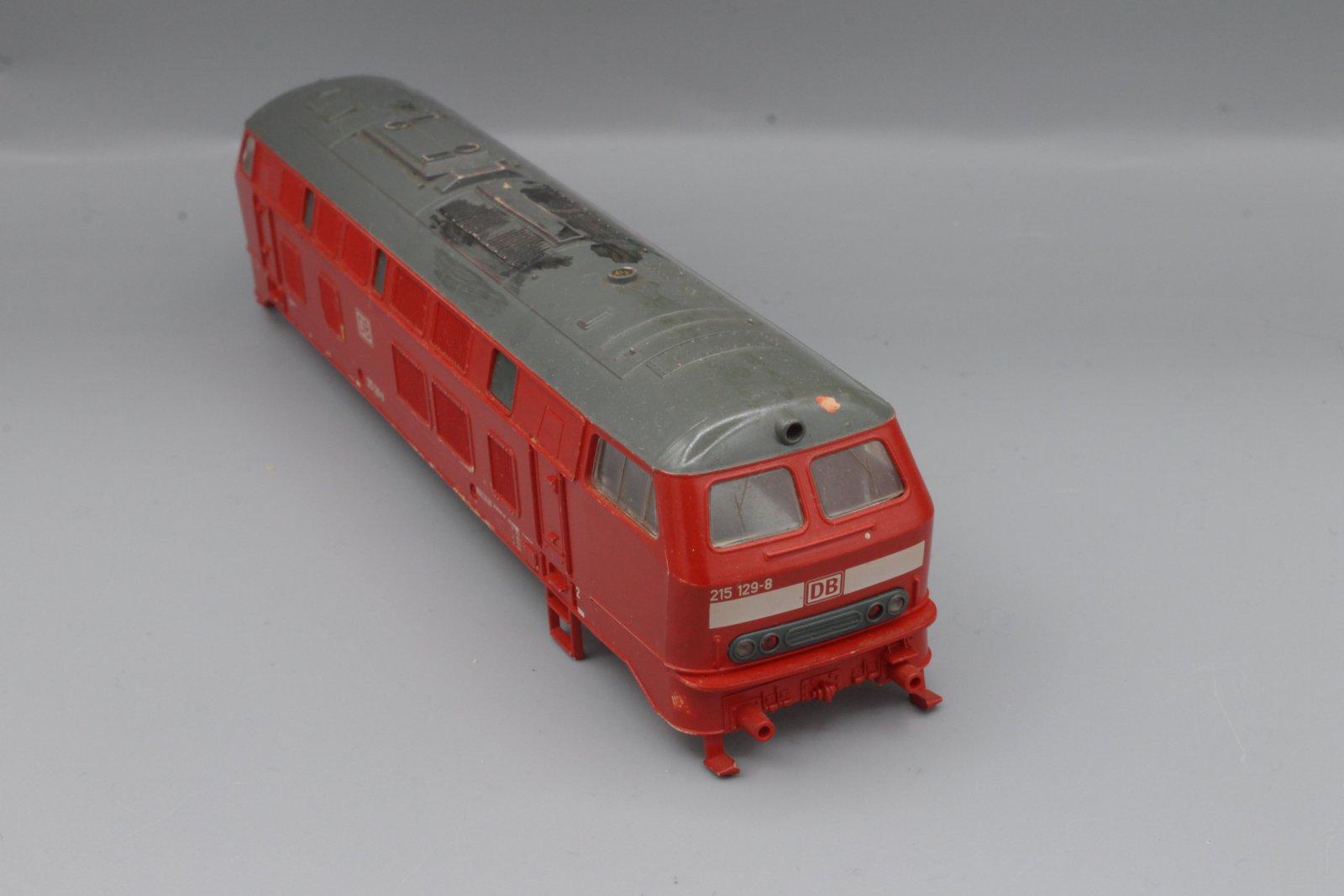 Ersatzteil Roco Gehäuse 215 129-8 verkehrsrot - mit Fehlern