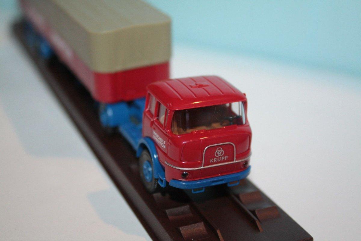 "Krupp SF 980 PP-Sattelzug ""Sp Brekina Modellautos, Spur H0, Maßstab 1:87, Epoche"