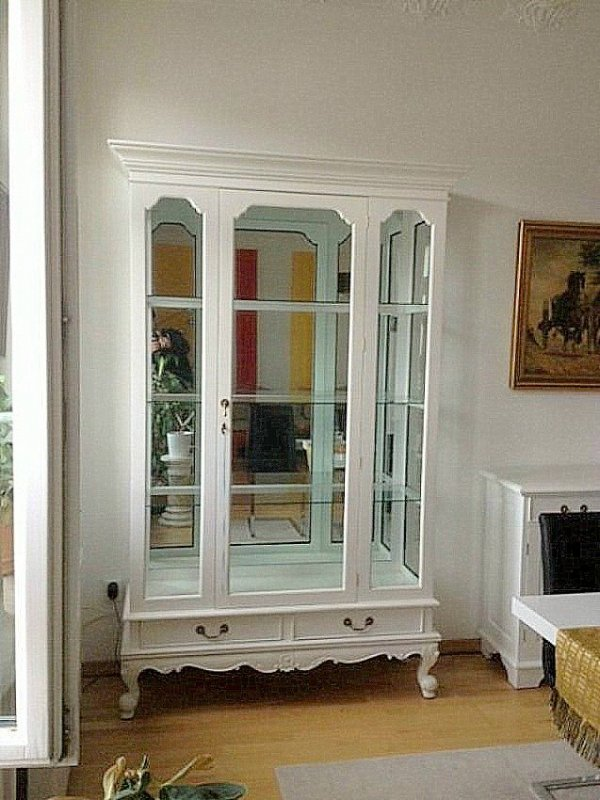 grosse englische chippendale vitrine schrank mahagoni farbe weiss ebay. Black Bedroom Furniture Sets. Home Design Ideas
