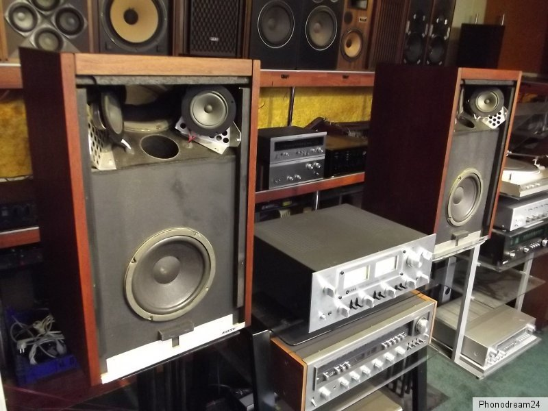bose 601 echtholzfurnier 6 lautsprecher pro box von 1977. Black Bedroom Furniture Sets. Home Design Ideas