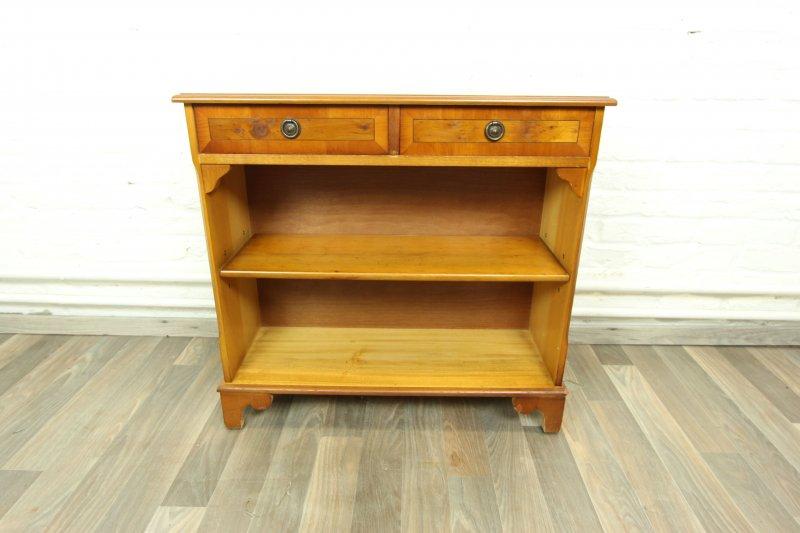 wundersch nes b cherregal b cherschrank eibe regal englisch antik stil bookshelf ebay. Black Bedroom Furniture Sets. Home Design Ideas