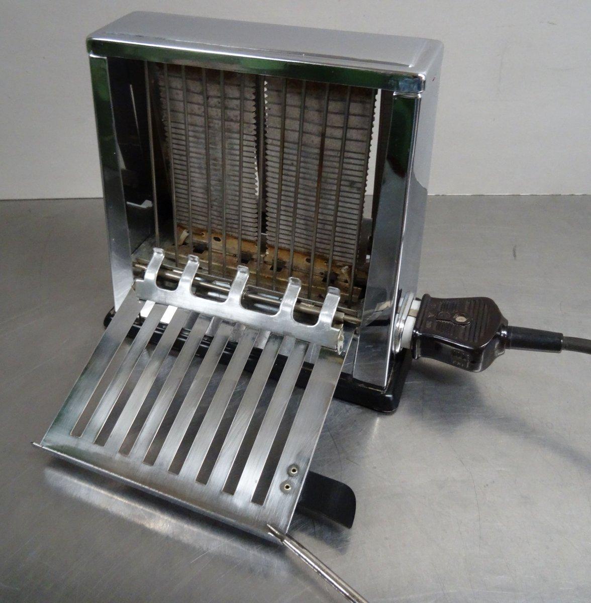 kultiger eltring toaster verchromt schwarze bakelitgriffe made in germany 50er ebay. Black Bedroom Furniture Sets. Home Design Ideas