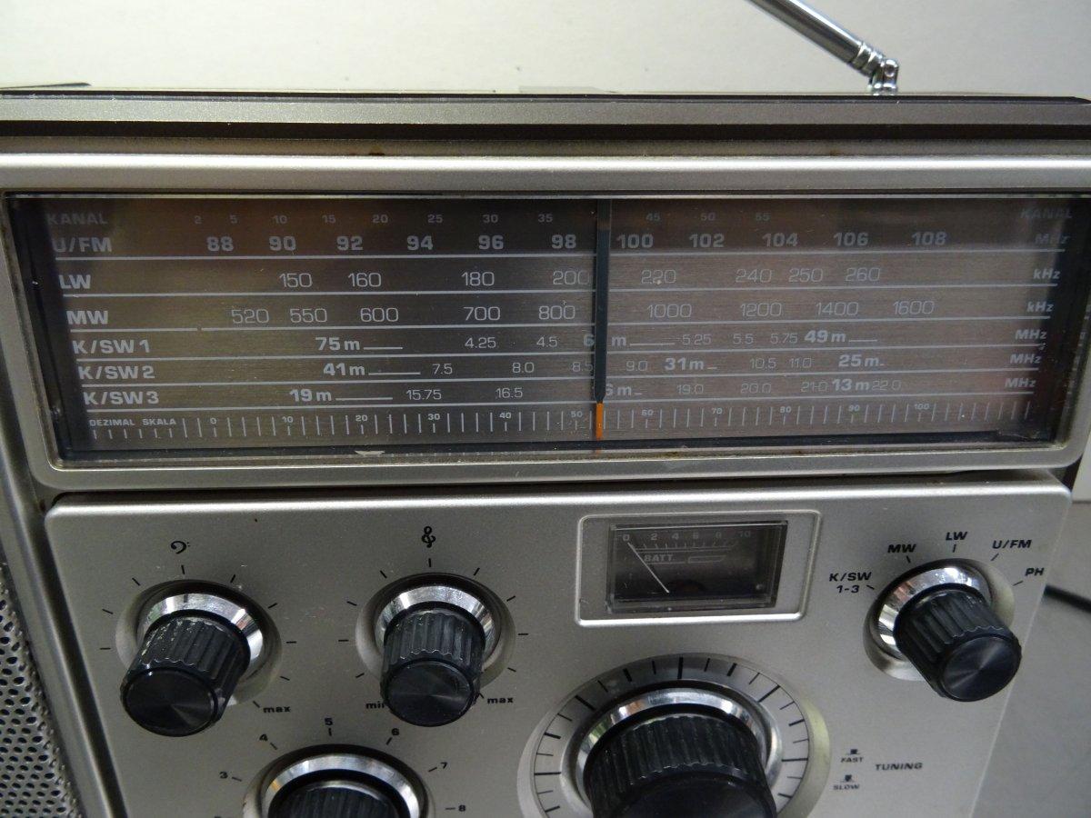 Radio Kw Rechnung : vintage radio lteres kofferradio minerva rs 800 netz u ~ Themetempest.com Abrechnung