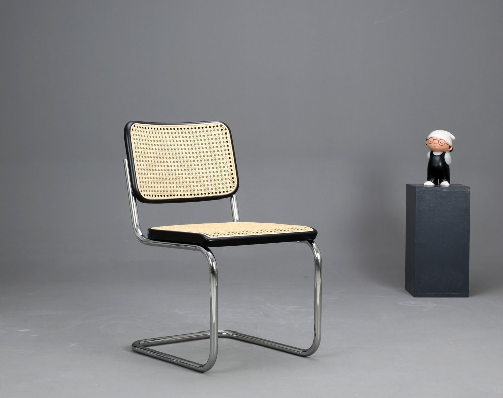 thonet s32 cantilever bauhaus classic chair black breuer chair top ebay. Black Bedroom Furniture Sets. Home Design Ideas