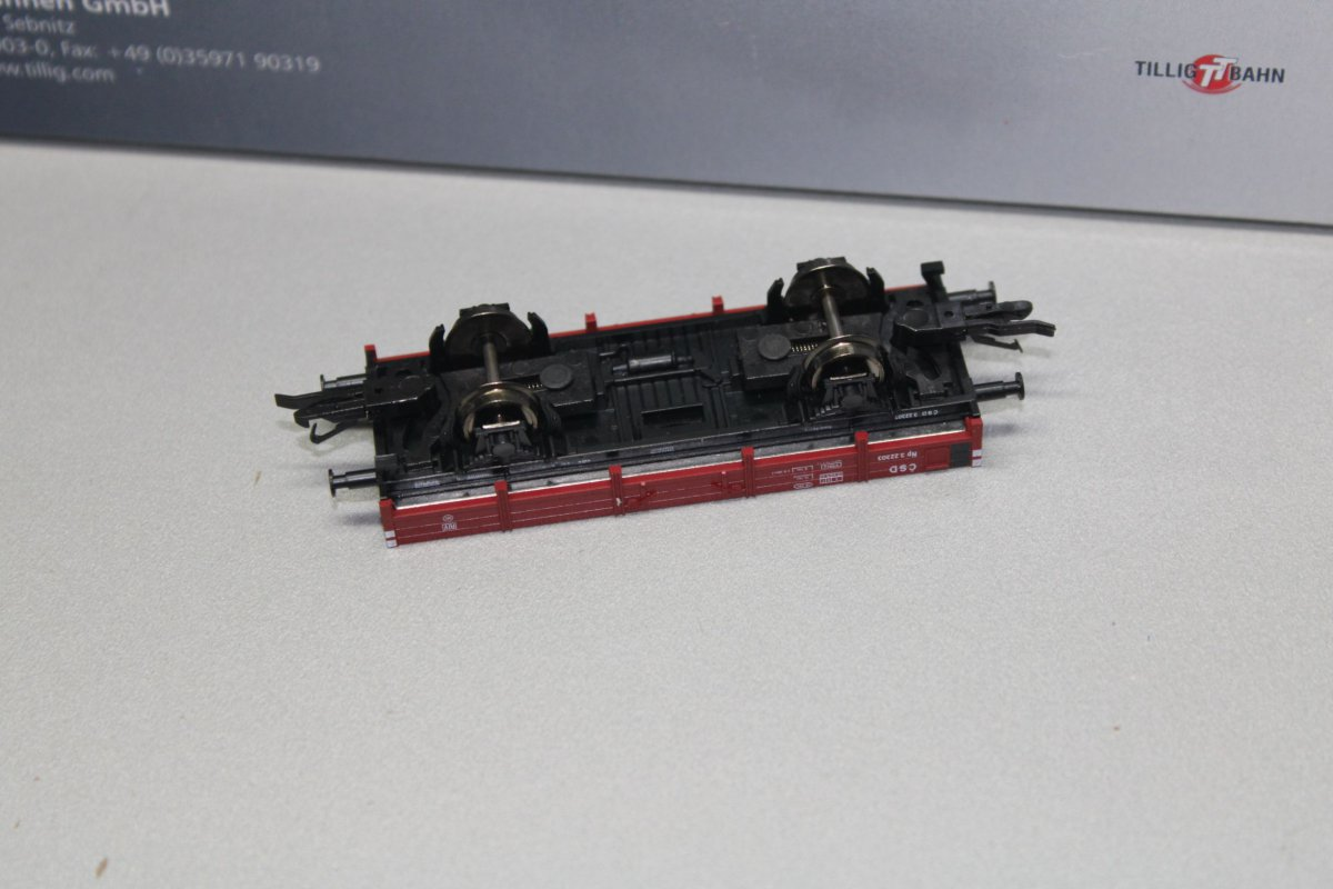 Green LAGERRÄUMUNG! NEU /& OVP Jada 99126-2 1:32 1995 Mitsubishi Eclipse Grün