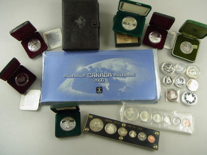Der American Gold Buffalo zählt mit einer Feinheit von ,9/ zu den reinsten Goldmünzen der USA. Er wird seit von der US Mint geprägt.