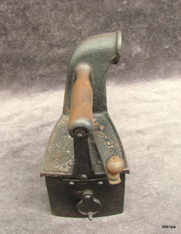 holzkohle b geleisen mit kamin charcoal iron with chimney ca 1850 1880 ebay. Black Bedroom Furniture Sets. Home Design Ideas