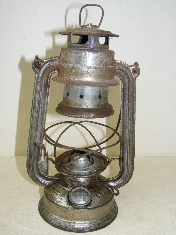 sch ne alte petroleumlampe starklichtlampe antik lampe sturmlampe l lampe ebay. Black Bedroom Furniture Sets. Home Design Ideas