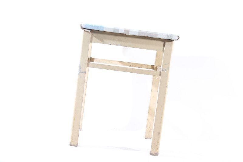 Vecchio legno sgabello pieghevole vintage retrò design culto sedia
