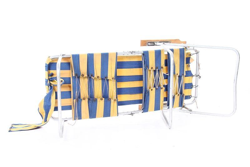 Ddr chaise longue pliante culte 70er ann es camping for Canape plate definition