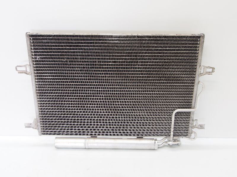 Mercedes W211 S211 E-Klasse Klimakondensator Kondensator /& Trockner A 2115000154