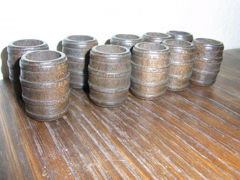 10 kleine Holzfässer für Kaufläden etc oben offen d=2,5cm 4cm hoch gebeizt
