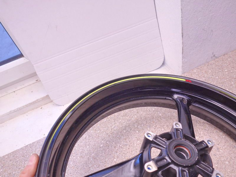 Fußrasten vorne schwarz Suzuki  GSXR 750 K8//K9//L0 WVCW 2008-2010