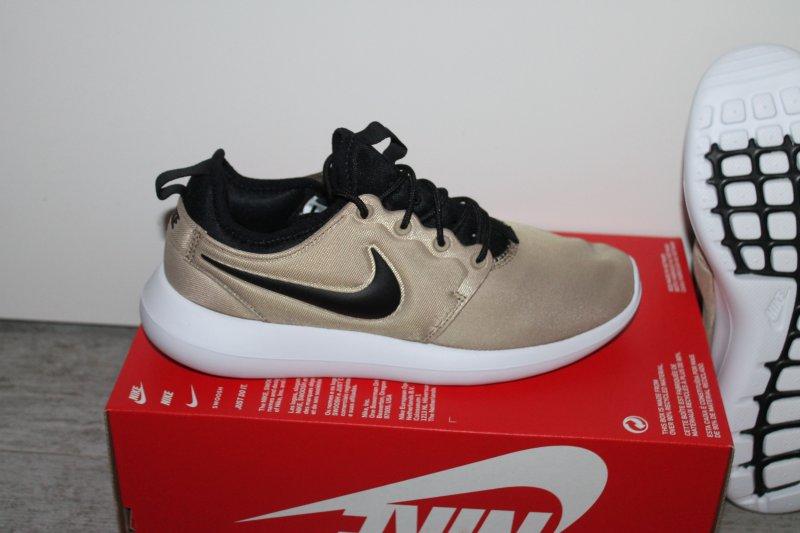 Nike Roshe Courir Tout Kaufvertrag Noir