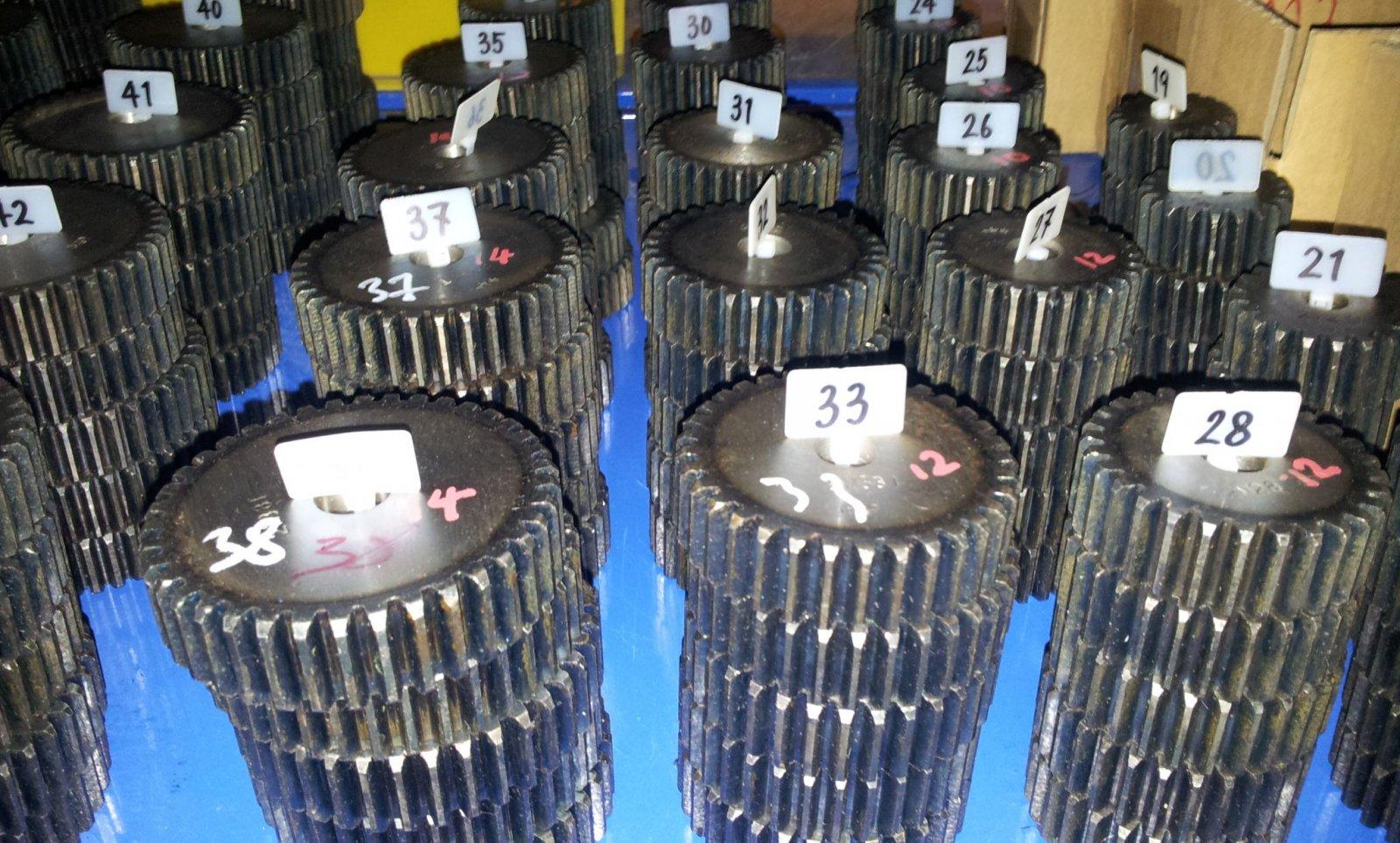 Material C45 ETZR-M1,5-17 Zahnrad Zähnezahl 17 Mold1,5 Modul1,5