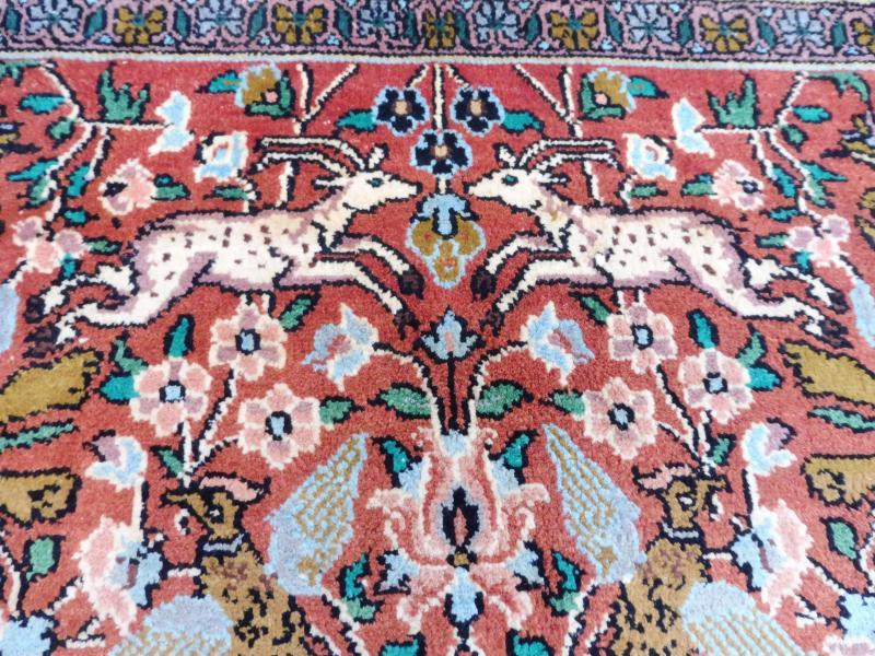 Beautiful Oriental Carpet Motif Carpet Cashmere Silk