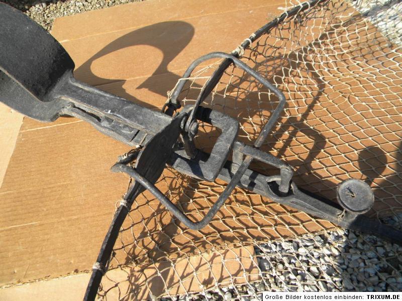 Fishing net trap trap inn danube fishing fish trap live for Trap eisen