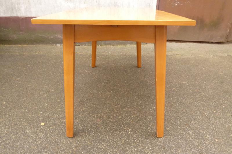 alter tisch esstisch couchtisch h henverstellbar ausziehbar hubtisch 1963 ddr ebay. Black Bedroom Furniture Sets. Home Design Ideas