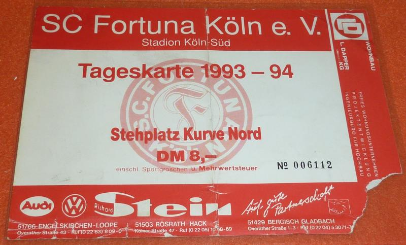 Fortuna Köln Fußball Sammlung Anstecknadel Autogramme